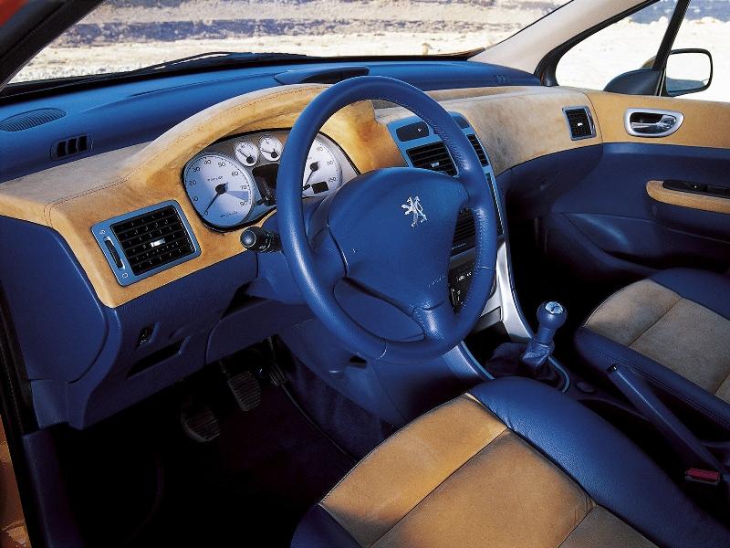 Peugeot 307 cam l o les concept cars peugeot for Peugeot 806 interieur