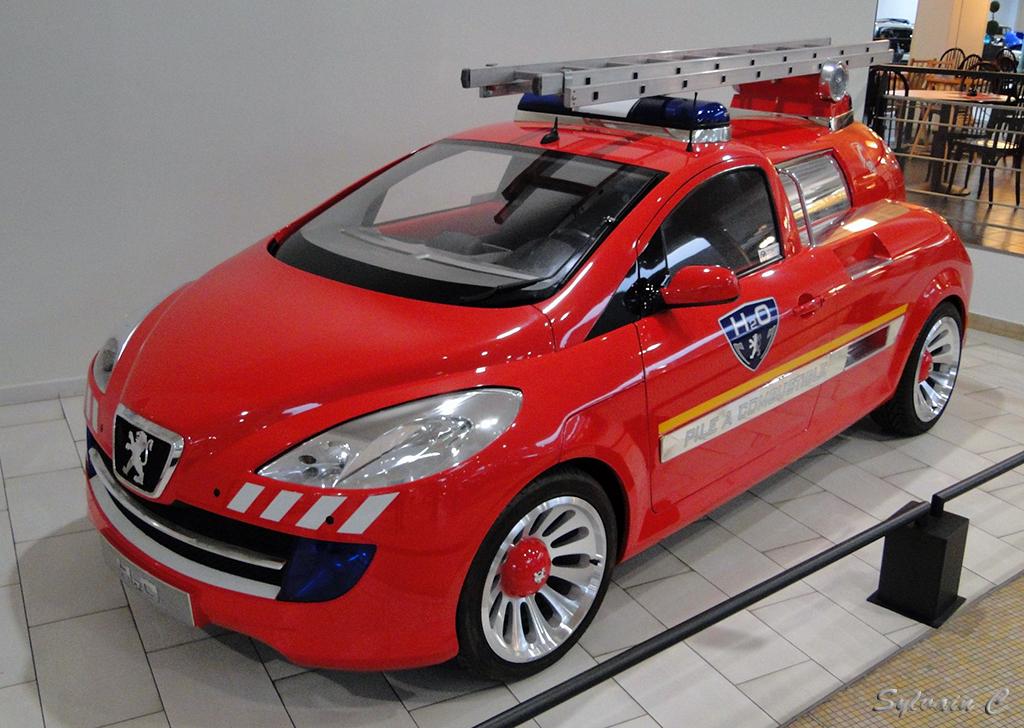 Peugeot H2O - Exposition 30 ans de concept-cars