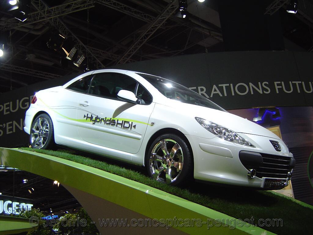 Peugeot 307 CC HybridHDi - Mondial de l'auto Paris 2006