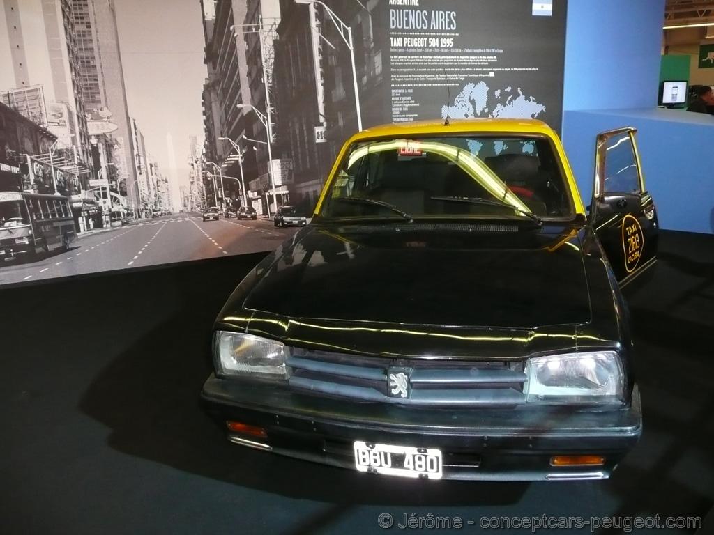 Peugeot 504 Taxi  - Mondial de l'auto 2008 Paris