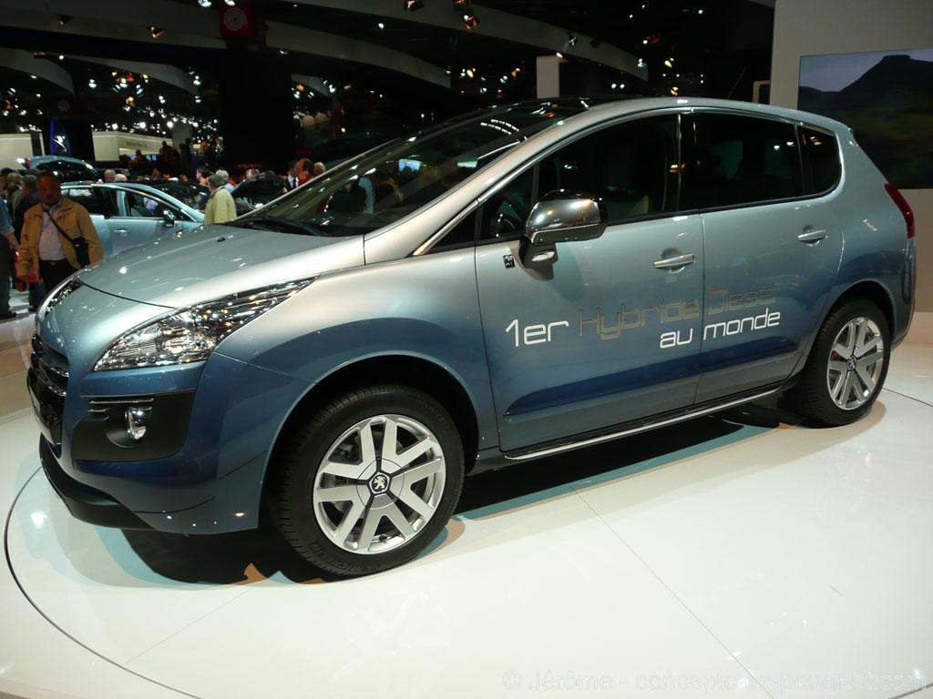 Peugeot 3008 HYbrid4 - Mondial de l'auto 2010 Paris