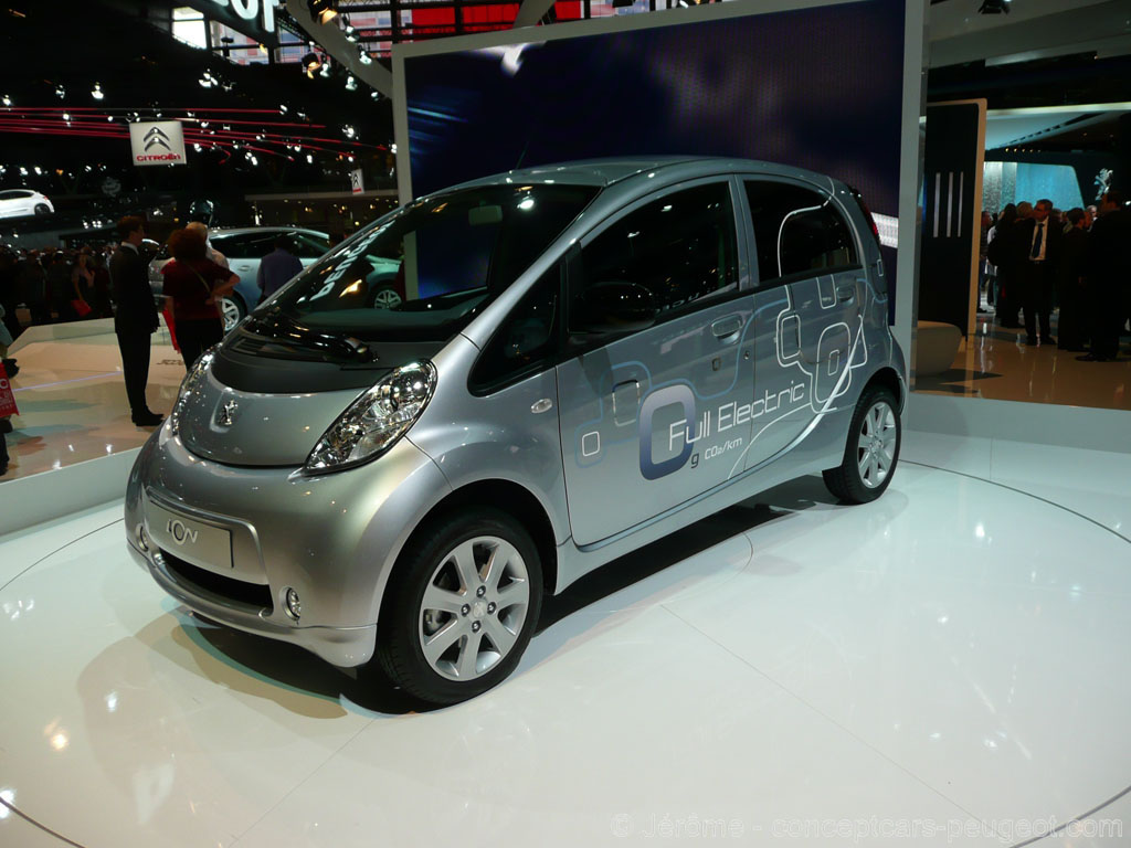 Peugeot iOn - Mondial de l'auto 2010 Paris